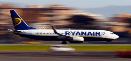Лоукостер Ryanair покидает Украину, так и не долетев сюда