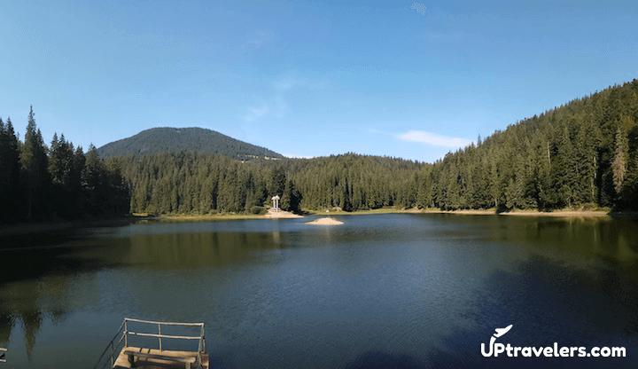 Озеро около села Синевирская поляна