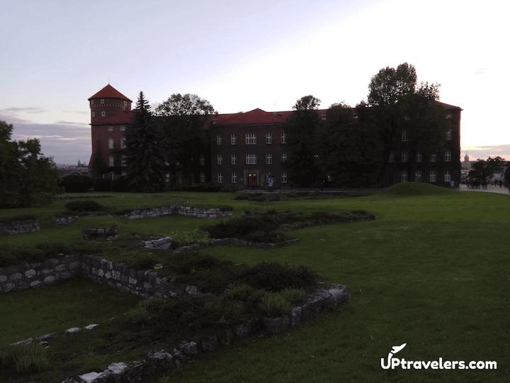 Внутри замка Вавель